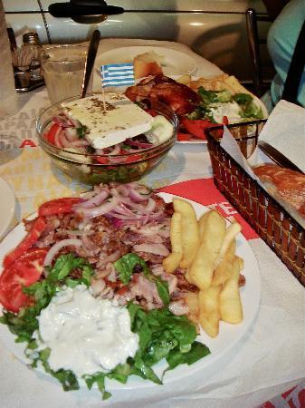 Delfini Hotel: great food in the port
