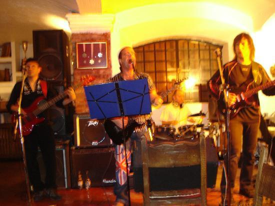 Portillo Hotel: Musica en vivo