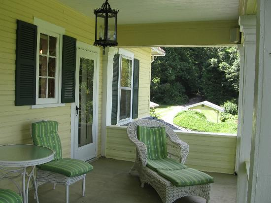 The Yellow House on Plott Creek Road: E'Staing balcony