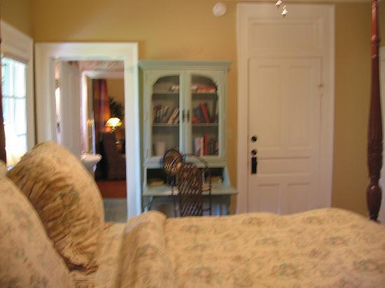The Yellow House on Plott Creek Road: E'Staing, looking across the bed through the bathroom, into the sitting room