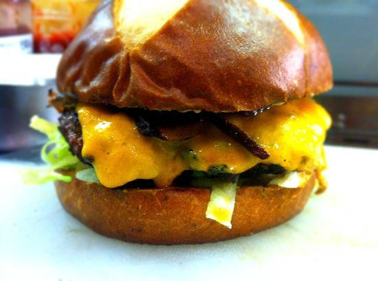 Burger Revolution: The Bohemian