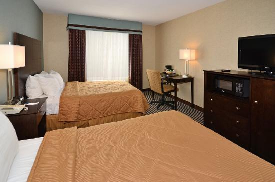 Days Inn Airport & Conference Center: Regular Room