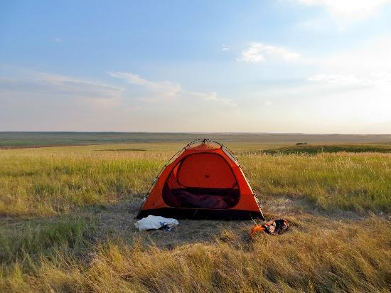 Fort Pierre, Dakota del Sud: Camping on the grassland