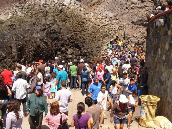 La Bufadora: Este dia estaba super lleno de turistas