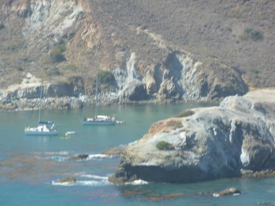 Wet Spot Rentals : Whale Rock and the lagoon where we swam