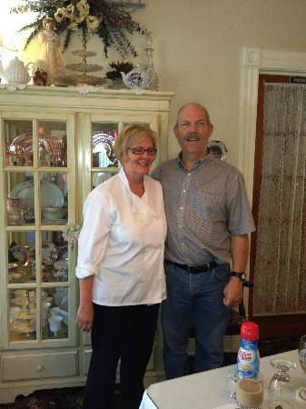 Abbey Lynn Inn: Bill and Judy, the innkeepers