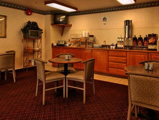 Super 8 Fernley: Breakfast Area
