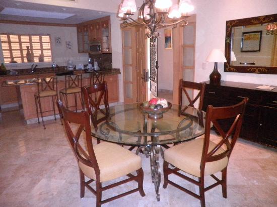 Villa La Estancia Beach Resort & Spa Riviera Nayarit: dinning room