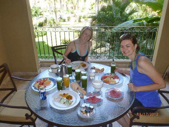 Villa La Estancia Beach Resort & Spa Riviera Nayarit: room service