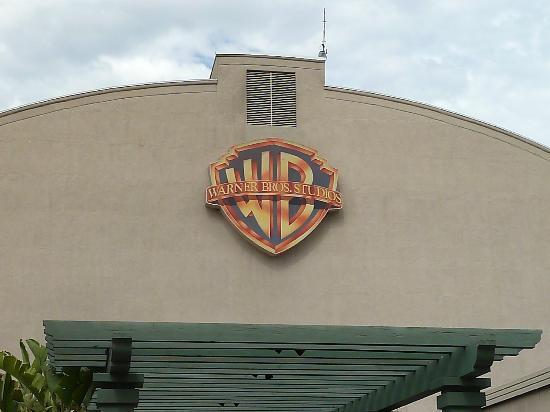 signs vintage warner studio bros movie