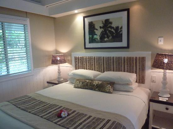 Malolo Island Resort: Our bed in oceanview room