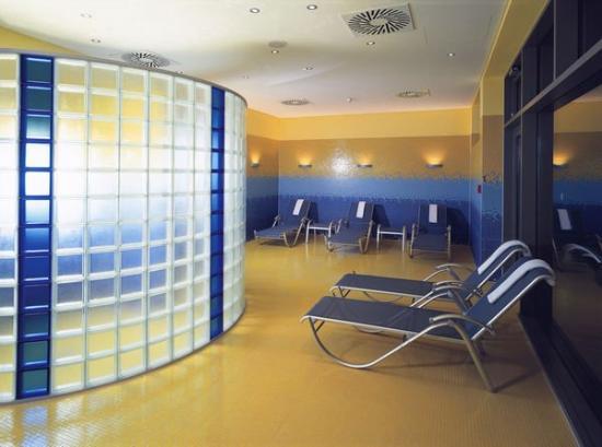 innside by melia bremen now 64 was 7 1 updated 2017 hotel reviews germany tripadvisor. Black Bedroom Furniture Sets. Home Design Ideas
