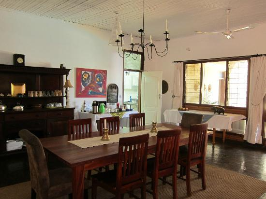 Central African Wilderness Safaris: The dining room