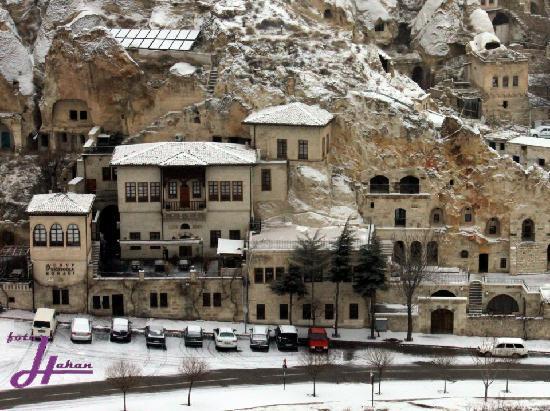 Yusuf Yigitoglu Konagi: Snowy Cappadocia