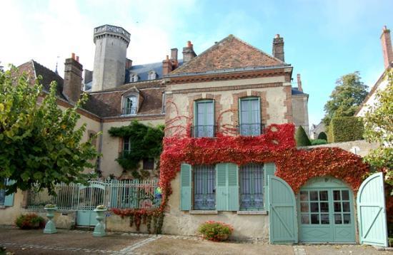 Maison Conti: filename__housefront_jpg_thumbnail0_jpg