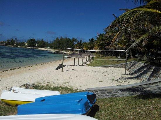 Le Surcouf Hotel & Spa: nice beach