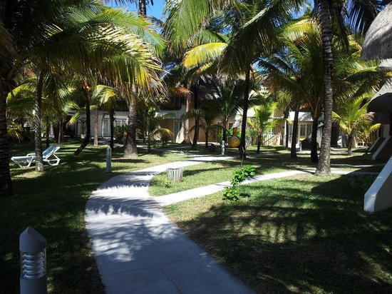 Le Surcouf Hotel & Spa: Green area