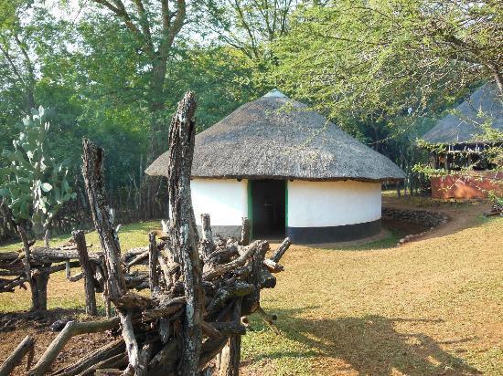 Ecabazini Zulu Home