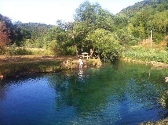 San Korana: The river Korana. 2 minute walk from the house and you are here to swim :D