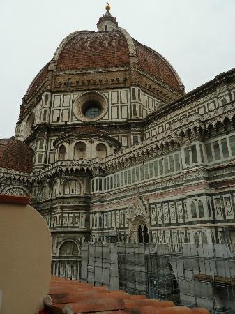 Hotel Duomo Firenze: il duomo dal terrazzo della sala da pranzo