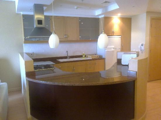 Somerset Al Fateh Bahrain: Kitchen