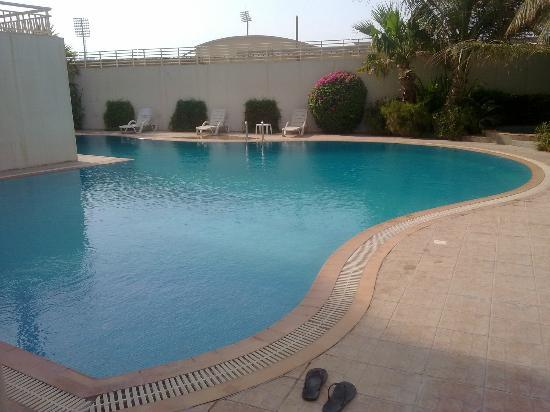 Somerset Al Fateh Bahrain: Swimming pool