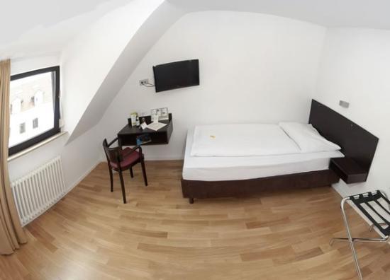 Deutscher Kaiser: Single Room