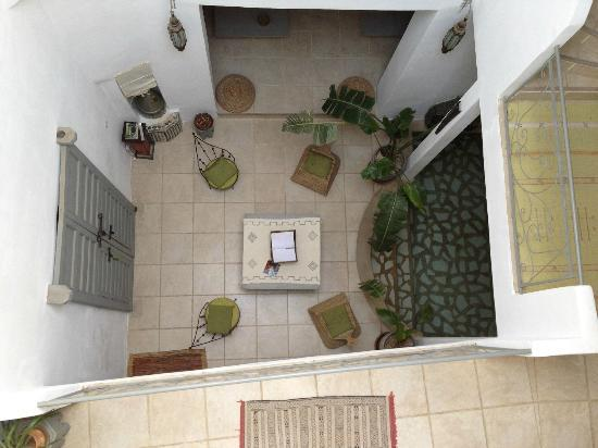 Riad Safir: Vue de la terrasse sur le salon