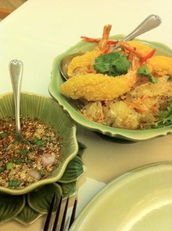 Celadon: pamelo salad wz tempura prawn!