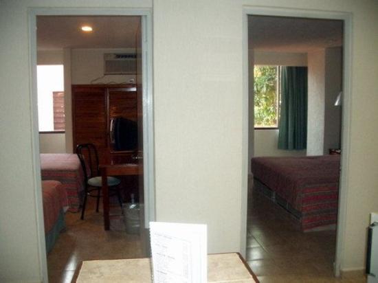 Hotel & Suites Real del Lago: Exterior