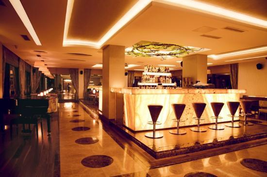 lobby bar picture of hotel suadiye istanbul tripadvisor rh tripadvisor com