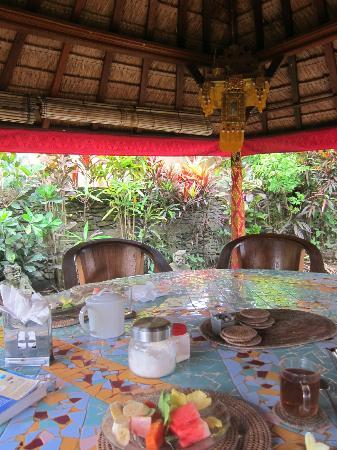 Guci Guesthouses: Breakfast