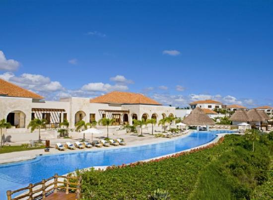 Photo of Xeliter Golden Bear Lodge Cap Cana Punta Cana