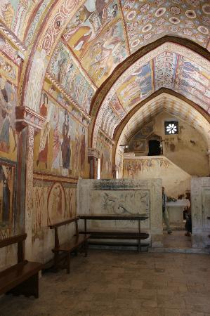 Abruzzo, Italy: Altare chiesa San Pellegrino