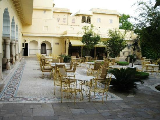 Samode Haveli: Courtyard