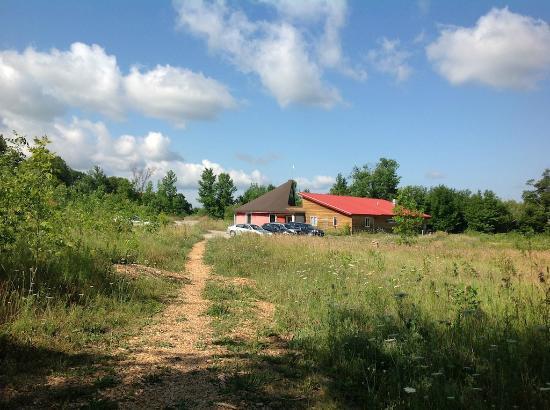 Sugar Ridge Retreat Centre: Retreat Centre taken from Cabin 7