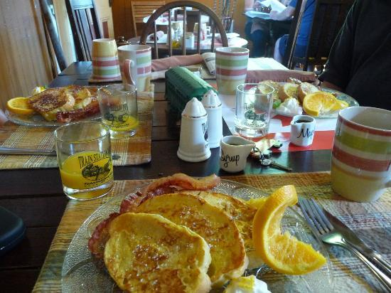 Train Station Inn: Breakfast was superb