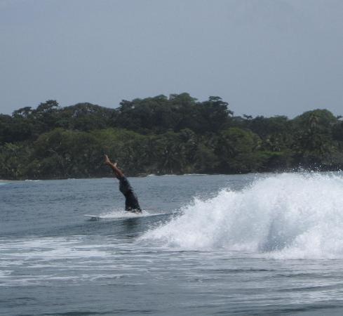 Buccaneer Resort: Louis (owner of Bibi's) doing headstand during surf school