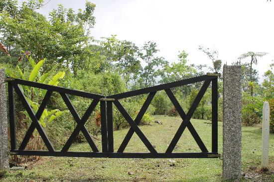 Cerro Chato ANC Park & Gardens: Cerro Chato Hike starts after this gate.