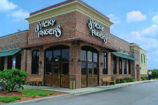 Sticky Fingers Ribhouse: Location