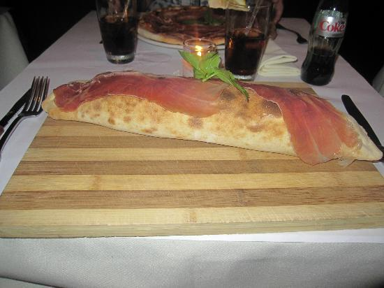 Serafina at The Time Hotel : Pizza Calzone