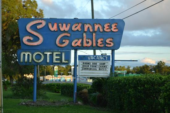 Suwannee Gables Motel and Marina 이미지