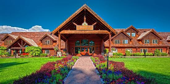 Garland Lodge & Resort: Welcome