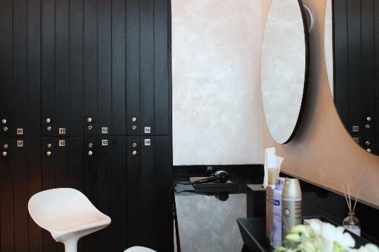 Kempinski Residences & Suites, Doha: Lockers