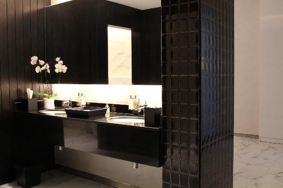 Kempinski Residences & Suites, Doha: Handwash
