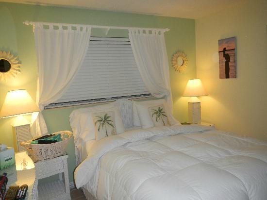 Marco Island Lakeside Inn: Schlafzimmer