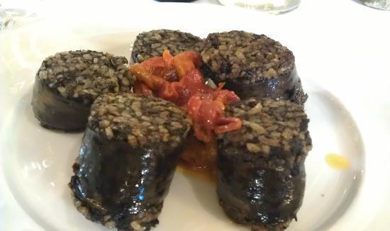 Meson del Cid: Morcilla de Burgos con Pimientos asados