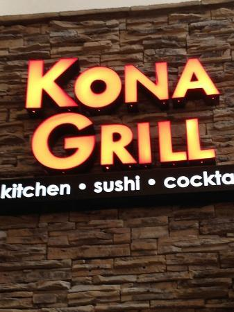 Kona Grill: Outside Sign
