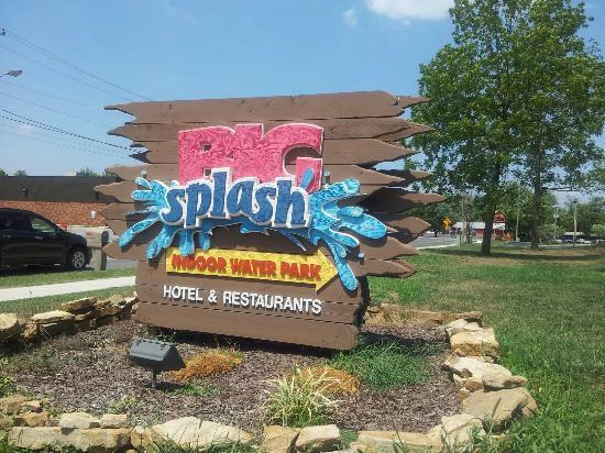 ‪‪Big Splash Adventure Indoor Waterpark & Resort‬: Look for the sign