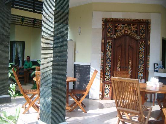 Nana Homestay : Sitting area